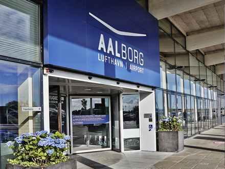 fly ankomst aalborg lufthavn